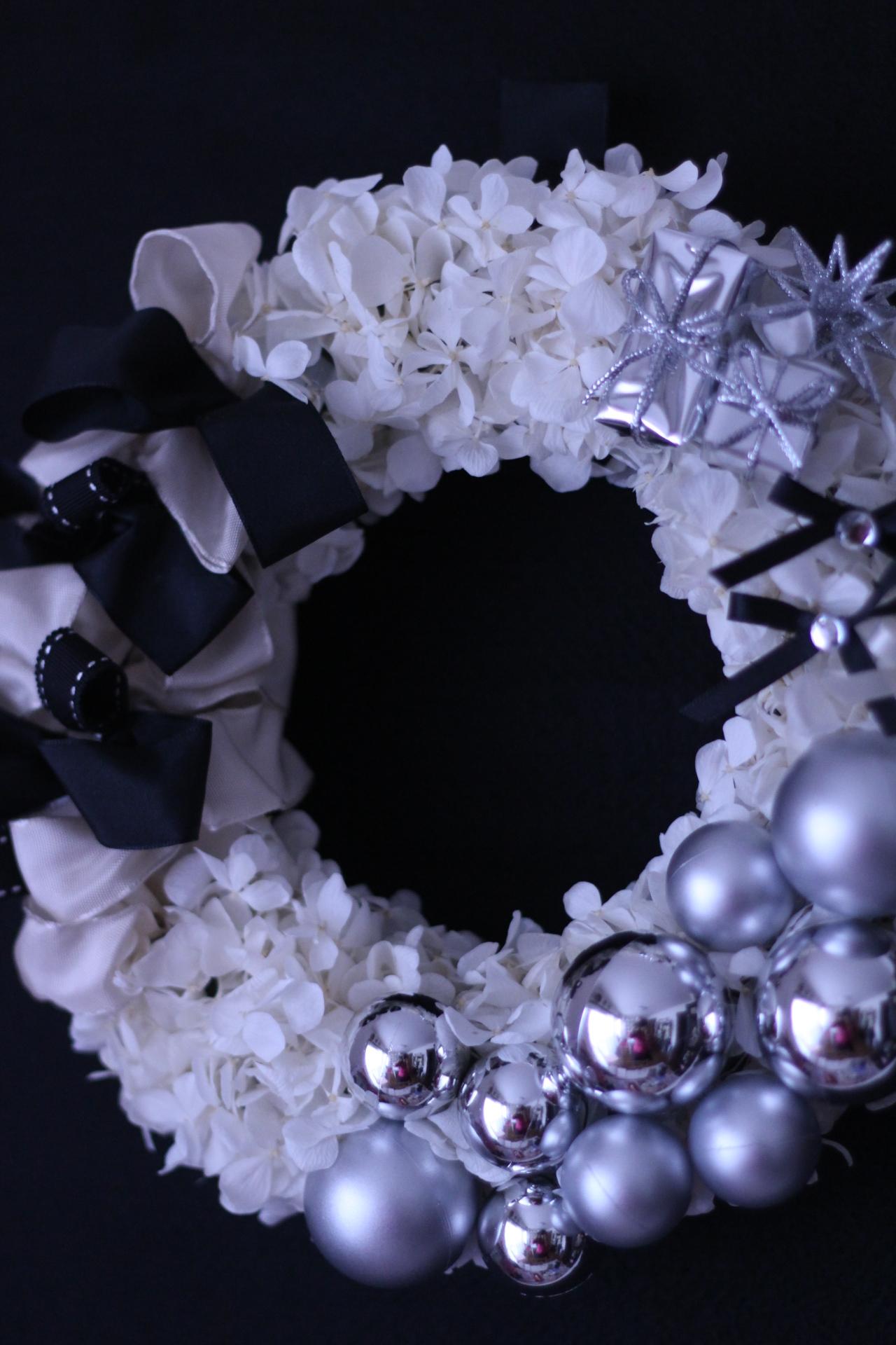 クリスマスリース ホワイト×シルバー♪