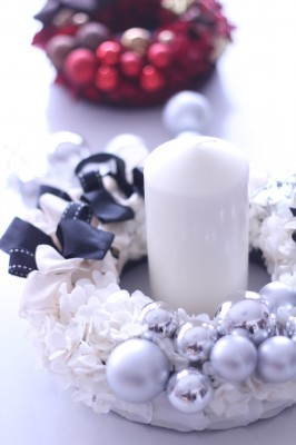 ホワイトのクリスマスリース♡