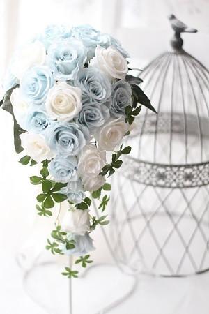 【ブライダル】ホワイト&ブルーのキャスケードブーケ♡