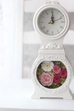 ⑪時計【ピンク系】10000円(税込)